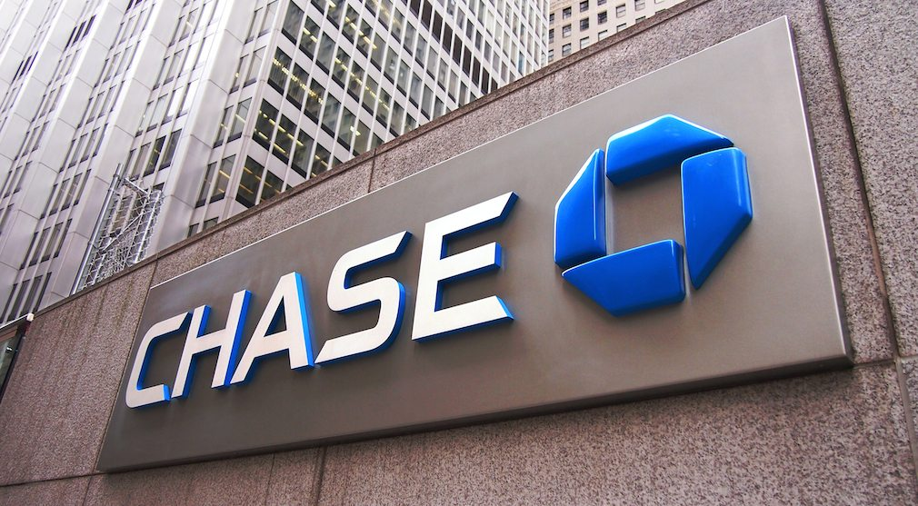 Mortgage origination volume creates drag on JPMorgan Chase earnings growth