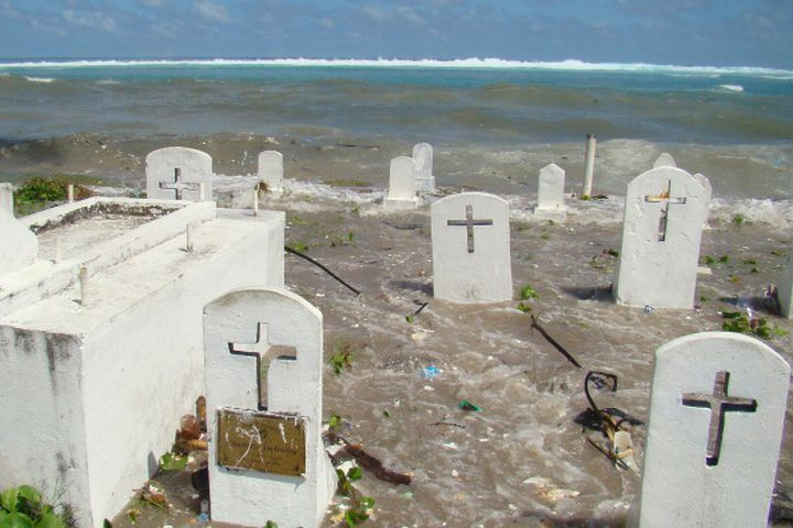 Will a deal to slash shipping emissions help save the Marshall Islands from rising seas?