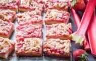Strawberry-Rhubarb Crumble Bars