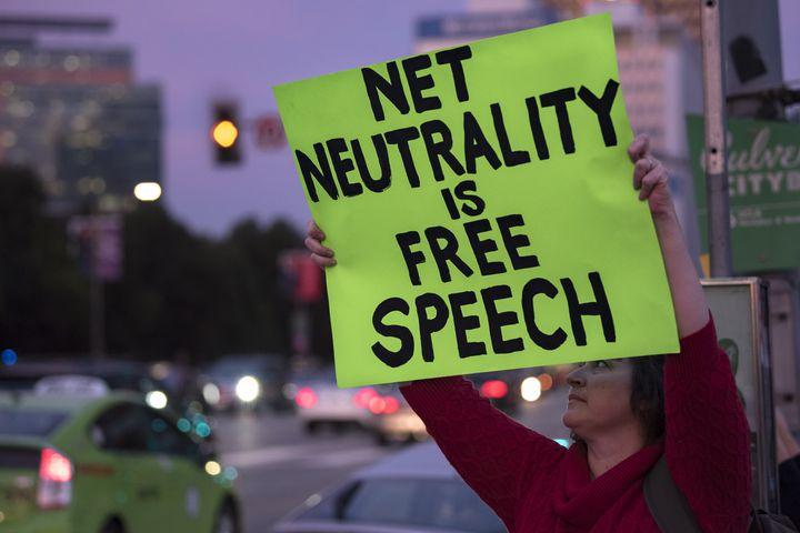 Here's why the Senate's vote for net neutrality is a really big deal