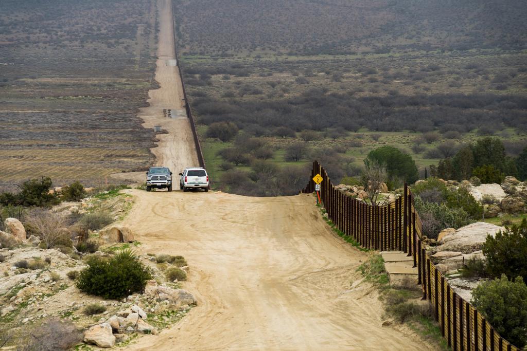 Trump Calls CA Anti-Sanctuary State Leaders to White House