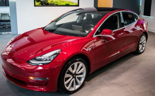 Elon Musk says quickest Tesla Model 3 will go from 0 to 60mph in 3.5 seconds