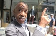 Aretha Rolls Over in Grave at Sharpton's Spelling Gaffe