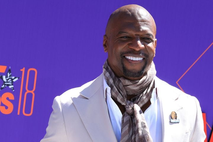 Terry Crews shares apology letter from the agent that allegedly assaulted him