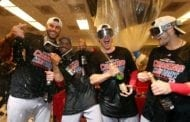 Red Sox celebrate win with 'New York, New York'