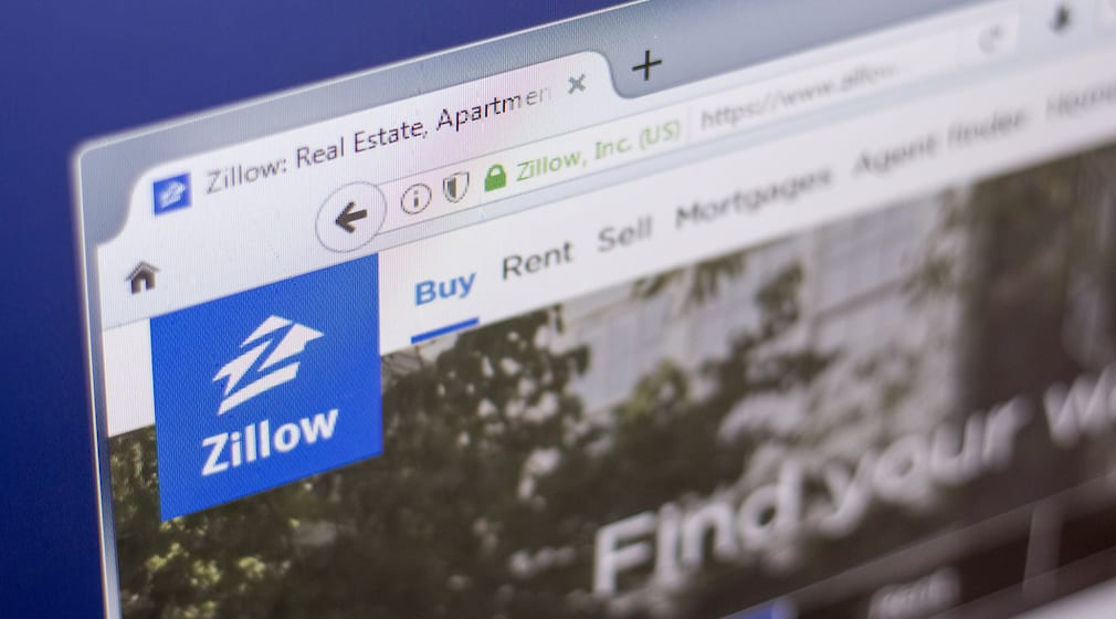 Zillow stock tanks