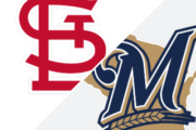 Yelich lifts Brewers with 3 HRs, career-high 7 RBIs