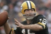 Legendary Packers HOF QB Starr dies at 85