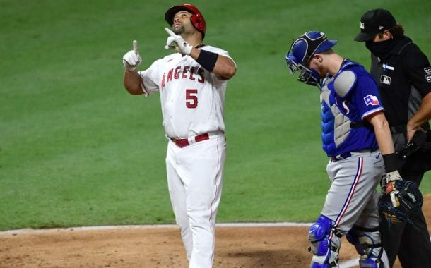 Pujols homers twice, passes Mays for fifth all time