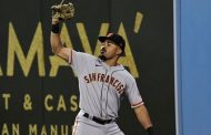 Lamonte Wade makes dazzling catch to get Giants out of bases-loaded jam